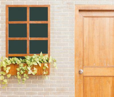 brickwall-building-closed-887822